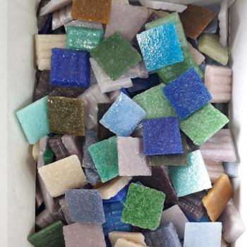 https://www.veahcolor.com.ar/6179-thickbox/venecitas-murvi-colores-surtidos-lleva-4-kg-paga-3-kg.jpg